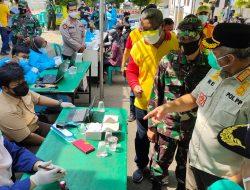 RE Terus Keliling Pantau Pelaksanaan Vaksinasi