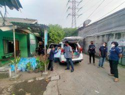 PPKM di Perpanjang, Polres Metro Bekasi Kota Bersama Mahasiswa Umika Bagikan Paket Sembako