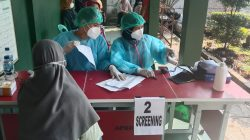 Vaksin Merdeka HUT Kemerdekaan Ke -76, Polsek Jatisampurna Buka Di Kelurahan Jatiraden Untuk 121 Warga