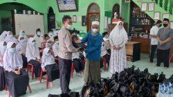 Polres Bekasi Kota Salurkan Baksos Altar Akabri 89 di Yayasan Yatim-piatu Al-Ikhlas